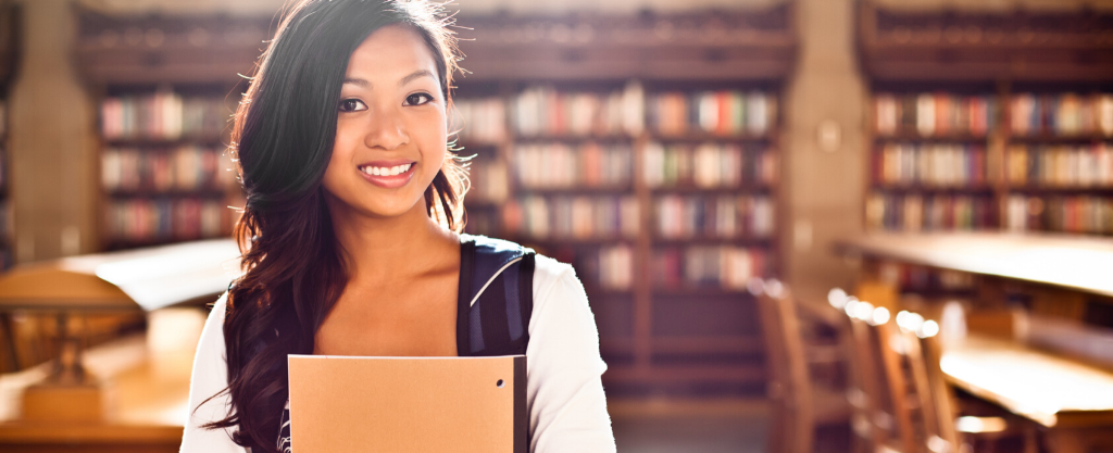 4 Tips to Start Building Your Credit in College